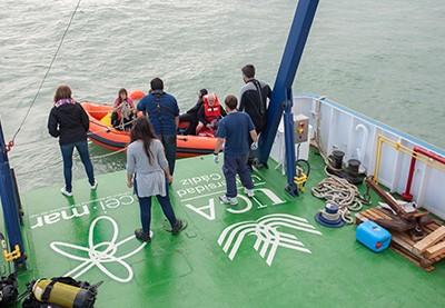 El UCADIZ culmina con éxito la primera campaña en el mar de la Línea de Arqueología Náutica y Subacuática de la UCA/CEI·MAR